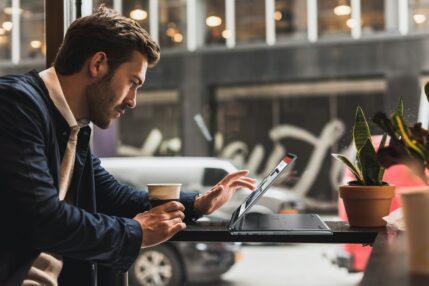 Acer wprowadza nowe laptopy TravelMate i Chromebooka ze Snapdragonem