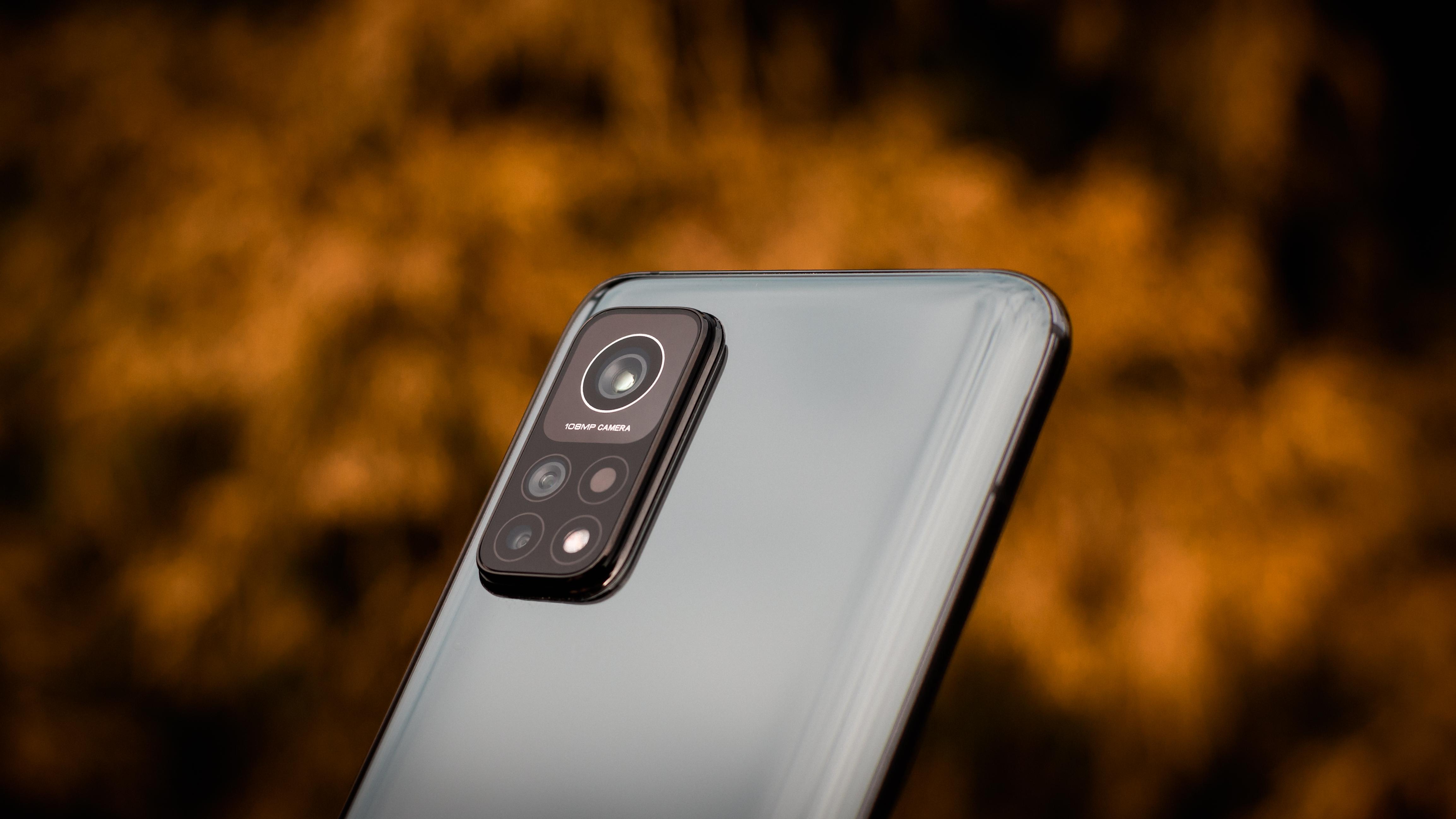 Xiaomi Mi 10T Pro fot. Miłosz Starzewski