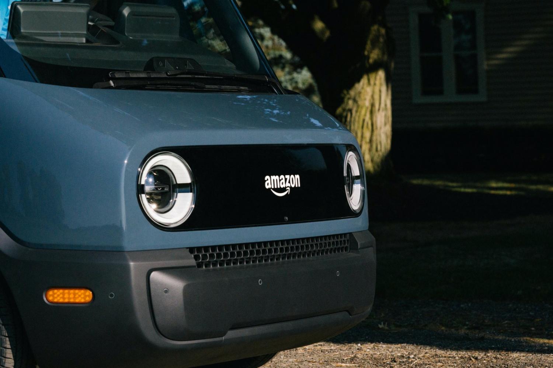 Ma logo Amazonu i jest w pełni elektrycznym samochodem
