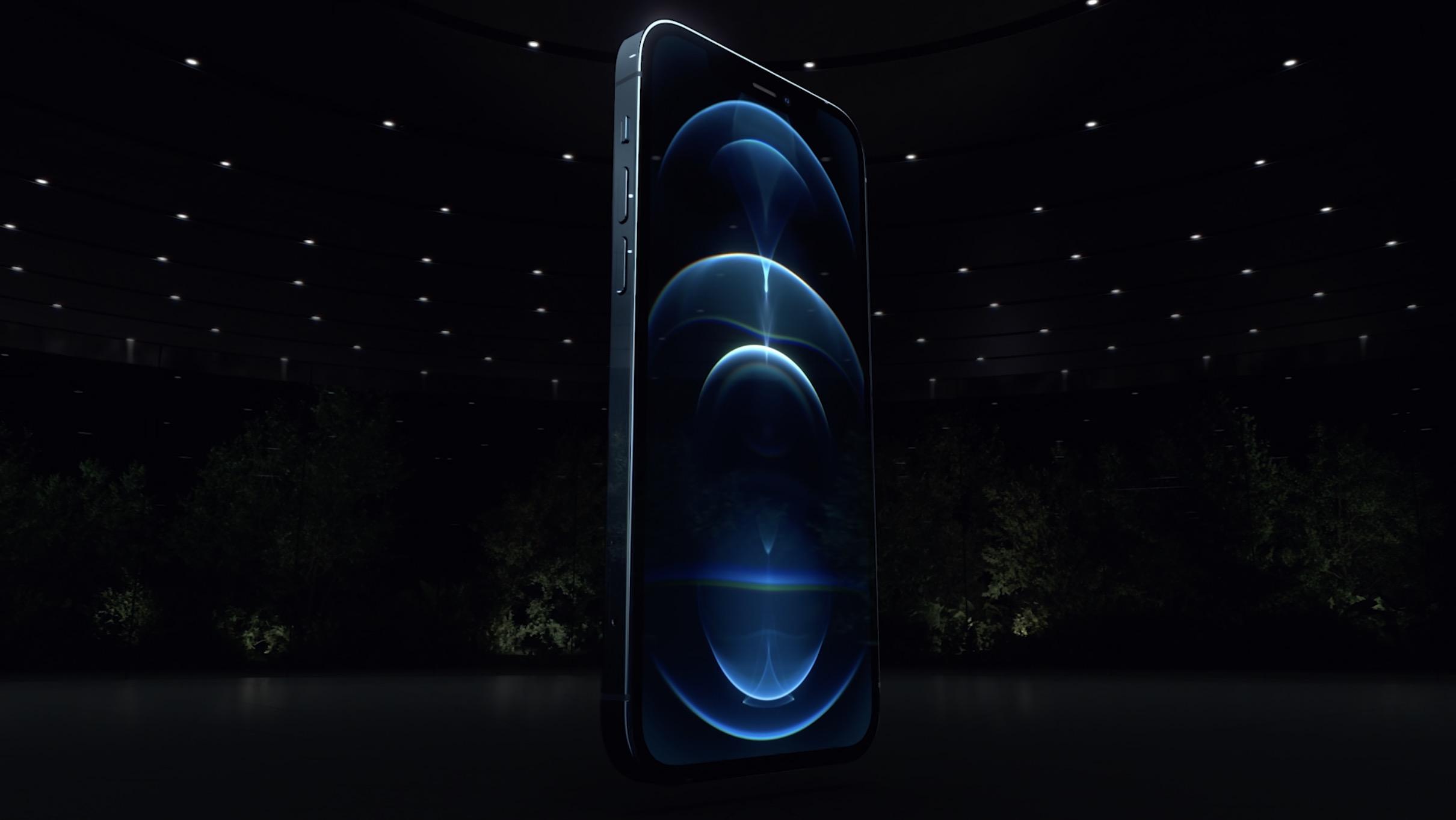 Zamiast iPhone'a 13 możemy dostać iPhone'a 12S. Apple boi się pechowej liczby?