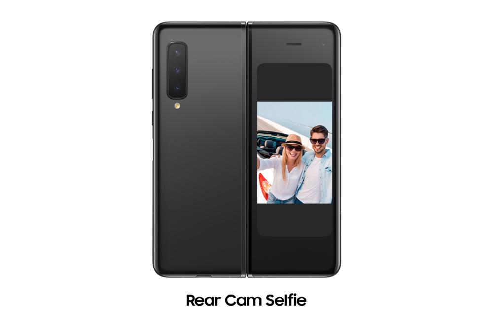Samsung Galaxy Fold Rear Cam Selfie