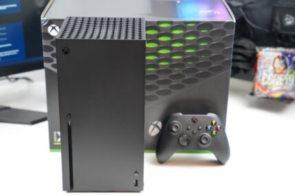 Xbox Series X już w naszych rękach! Czas na unboxing