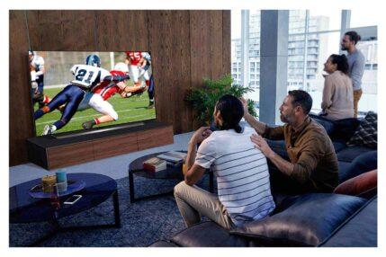 Jaki duży telewizor kupić? Wybieramy telewizor 75-calowy lub większy