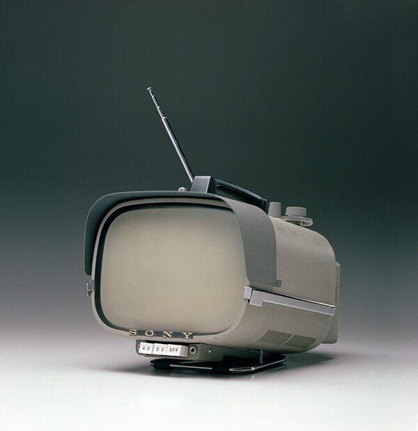 Sony TV8-301 fot. Sony