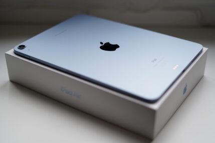 iPad Air 2020 - multimedialny kombajn dla zwolenników tabletów (recenzja)