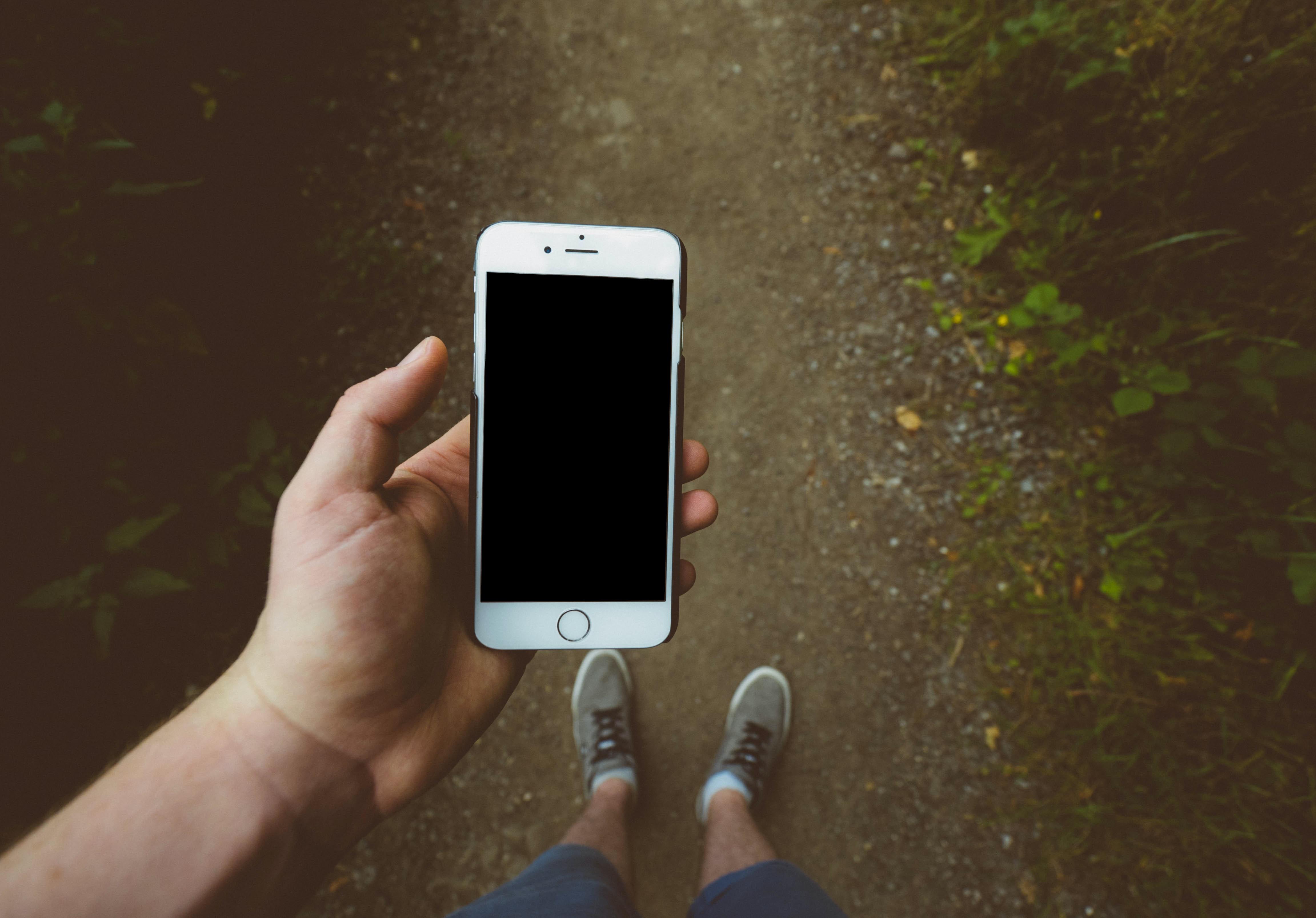 Sprzedając niepotrzebne smartfony możesz zadbać o środowisko. Zobacz jak!