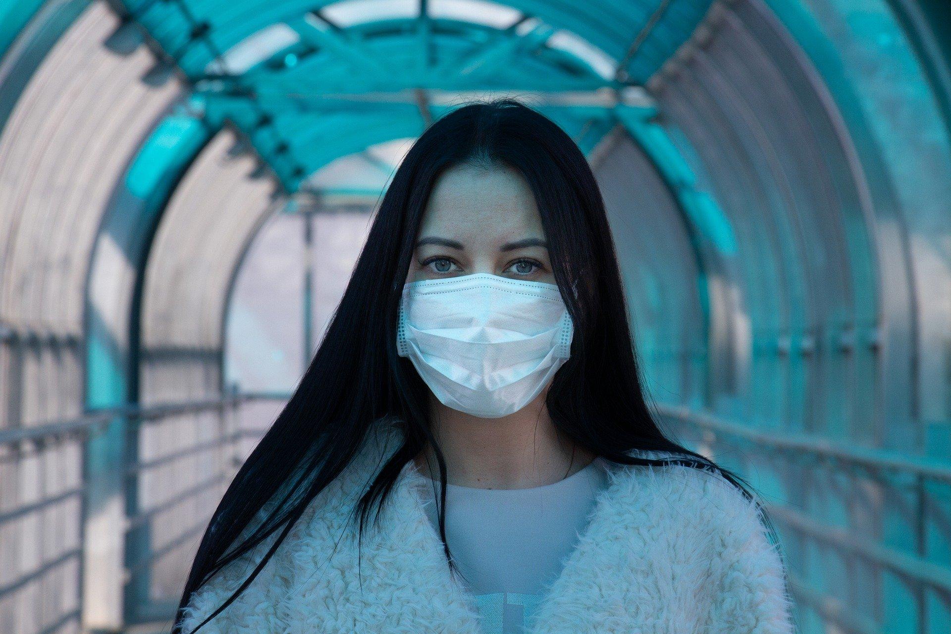 choroba maska maseczka koronawirus COVID-19