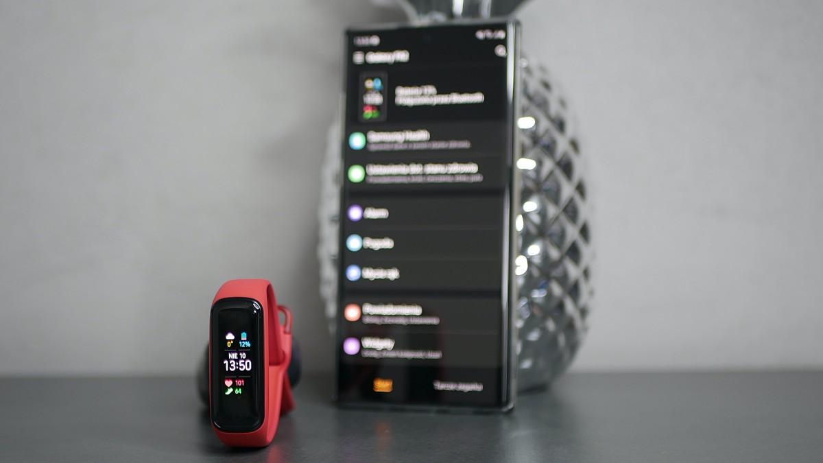 Samsung Galaxy Fit2 / fot. Kacper Żarski