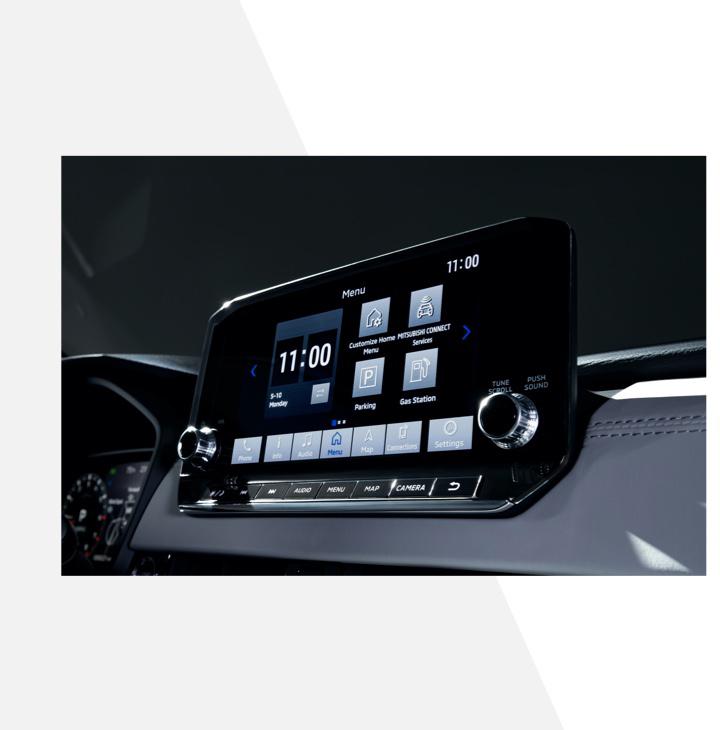 System informacyjno-rozrywkowy w nowym Mitsubishi Outlanderze pozwoli skorzystać z bezprzewodowych wersji Apple CarPlay i Android Auto (źródło: Mitsubishi)