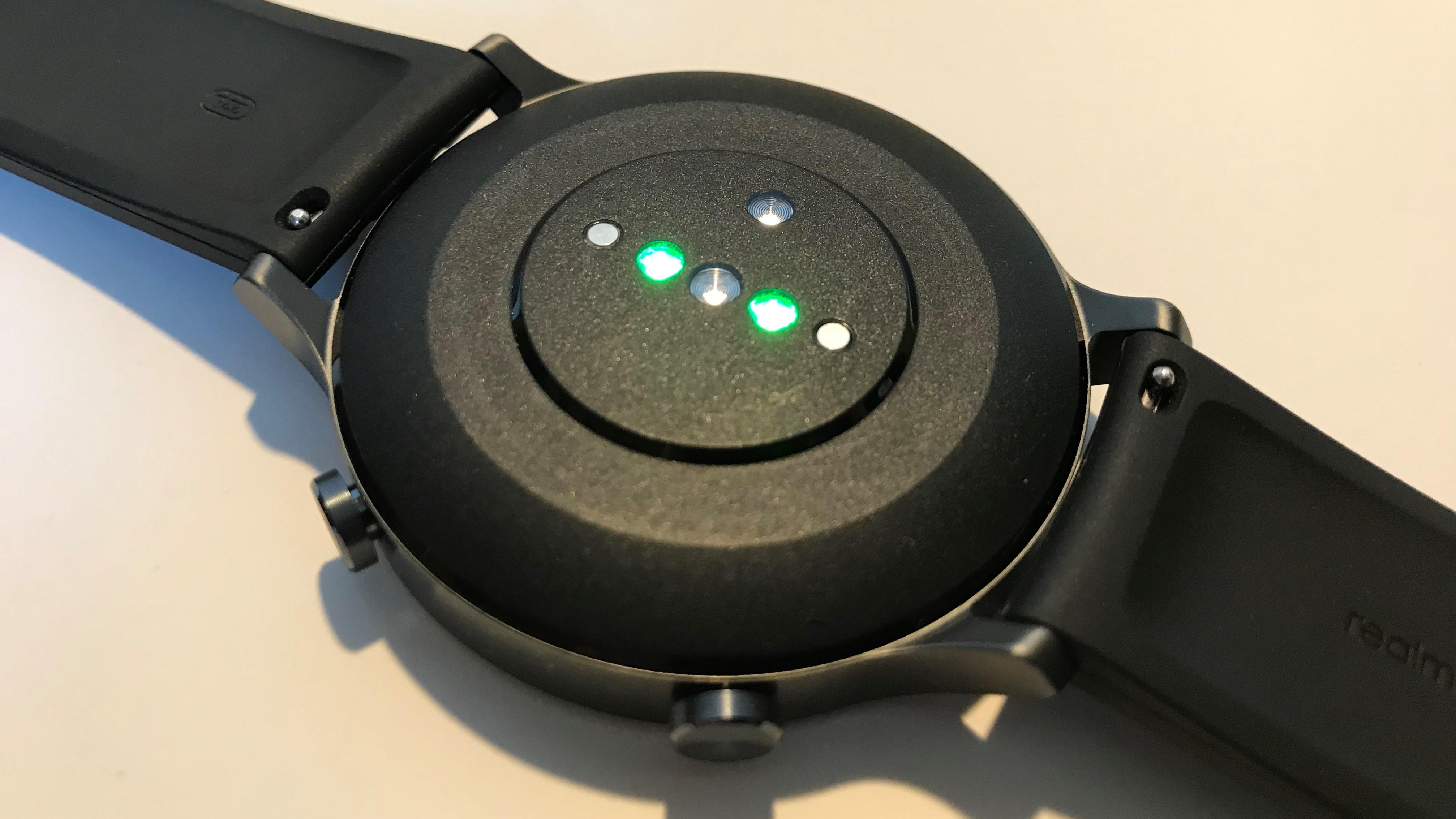 Sensory zegarka są bardzo dobrej jakości