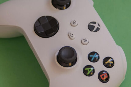 Xbox Series S kontroler Xbox Game Pass