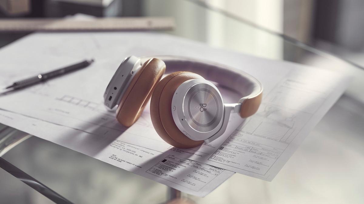 słuchawki Banh & Olufsen Beoplay HX headphones