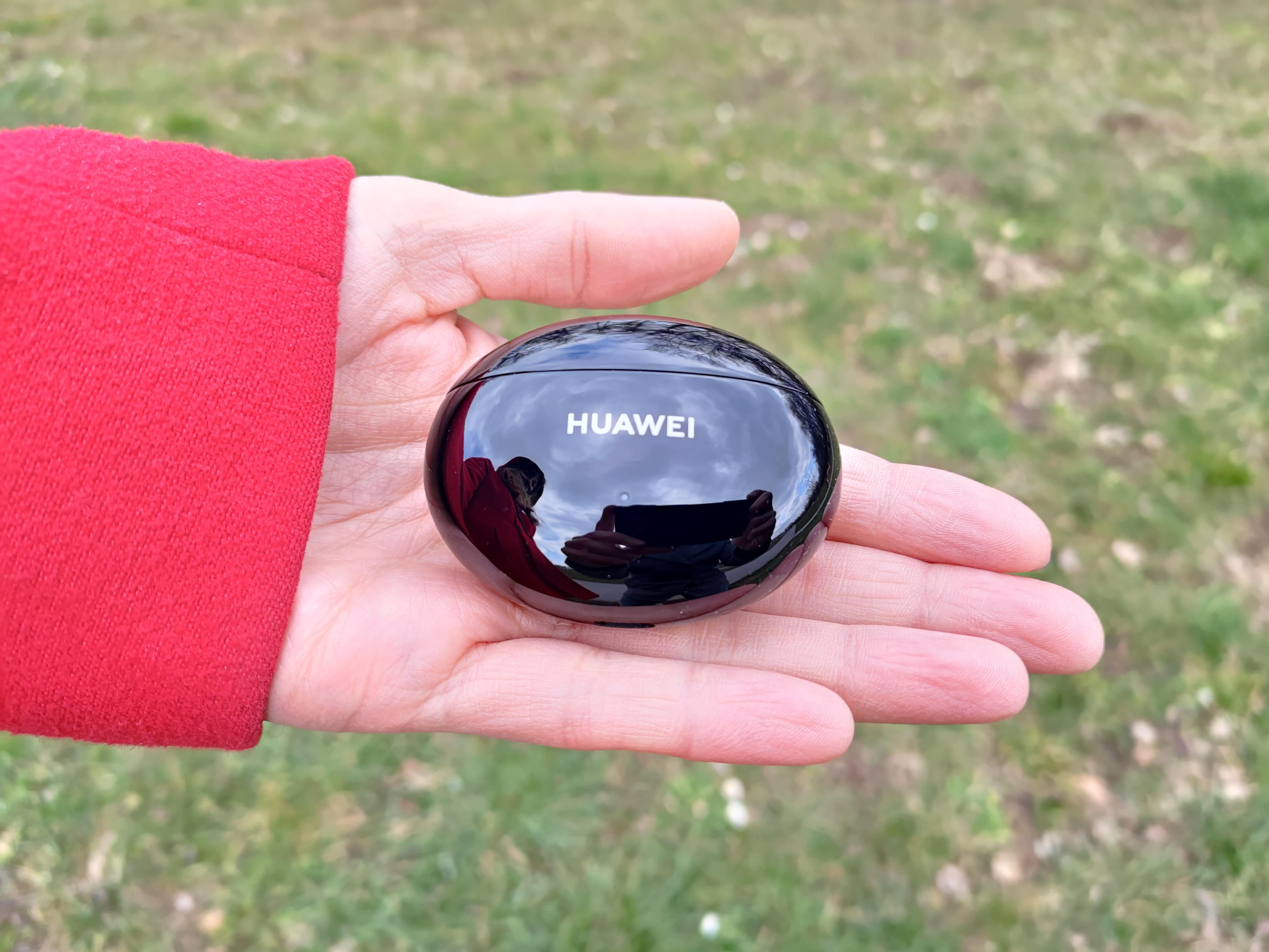 Recenzja Huawei Freebuds 4i - fot. Tabletowo