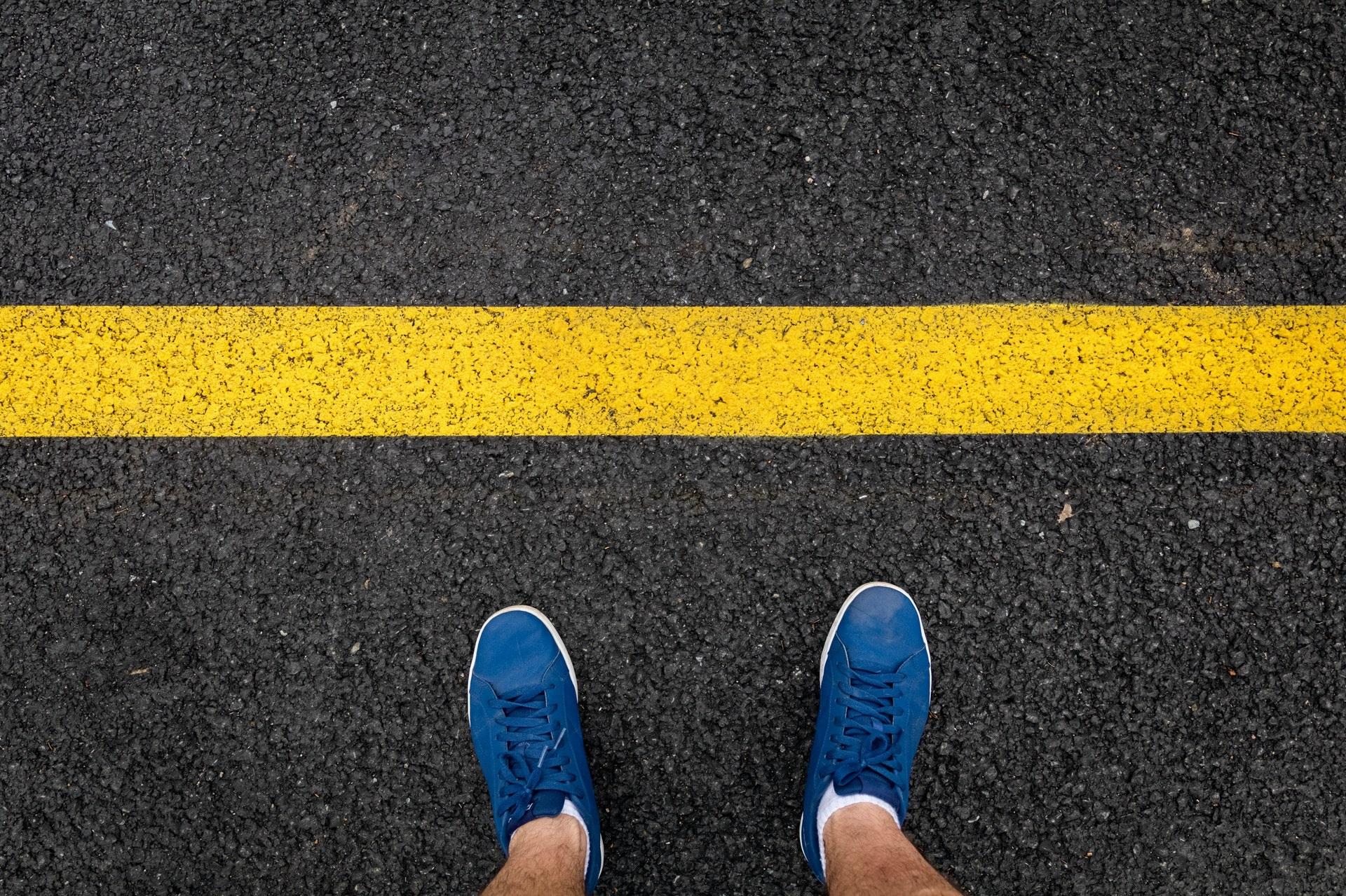 źółta linia blokada koniec stop