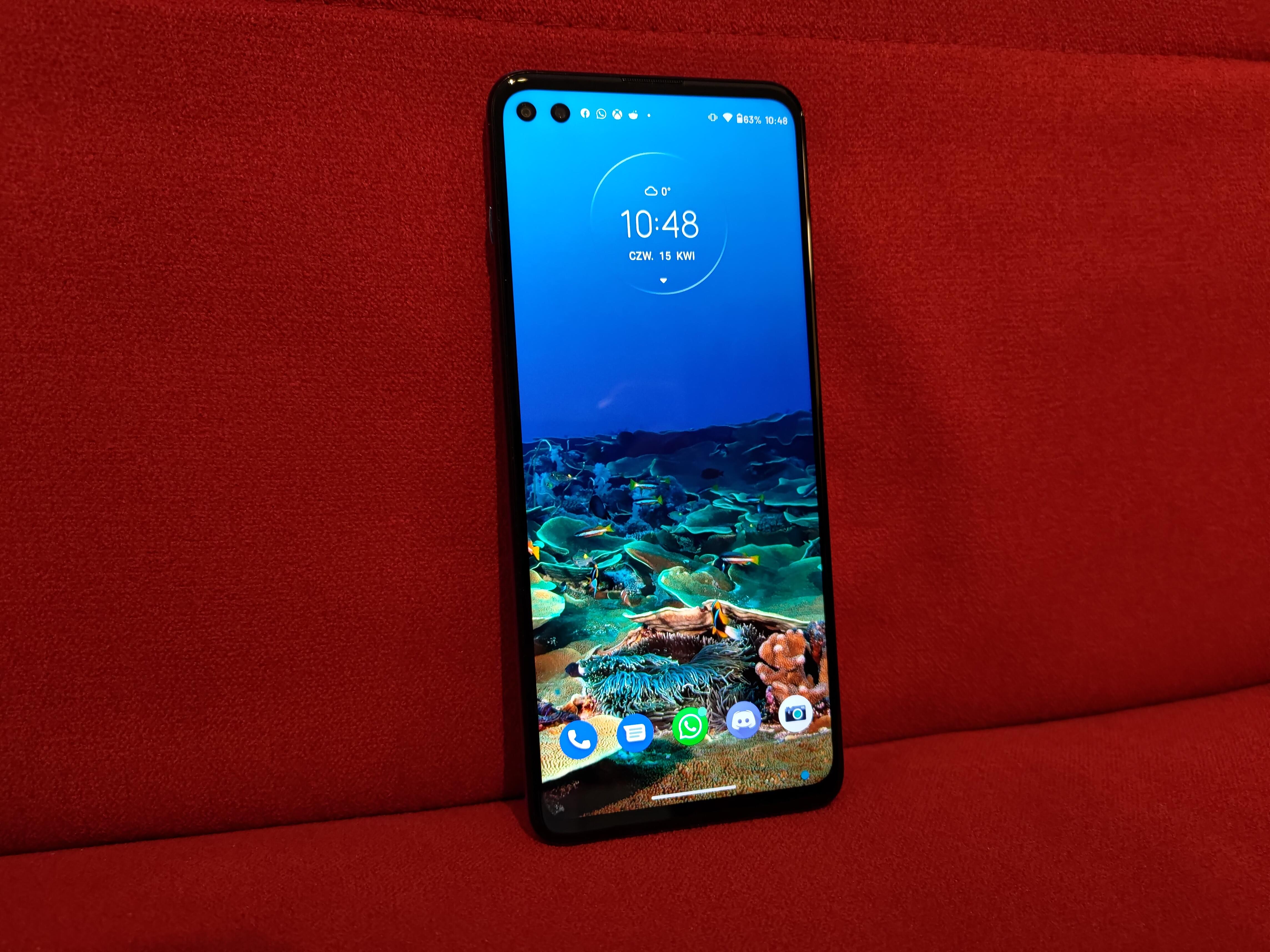 Recenzja Motorola moto g100 - Front urządzenia - fot. Tabletowo.pl
