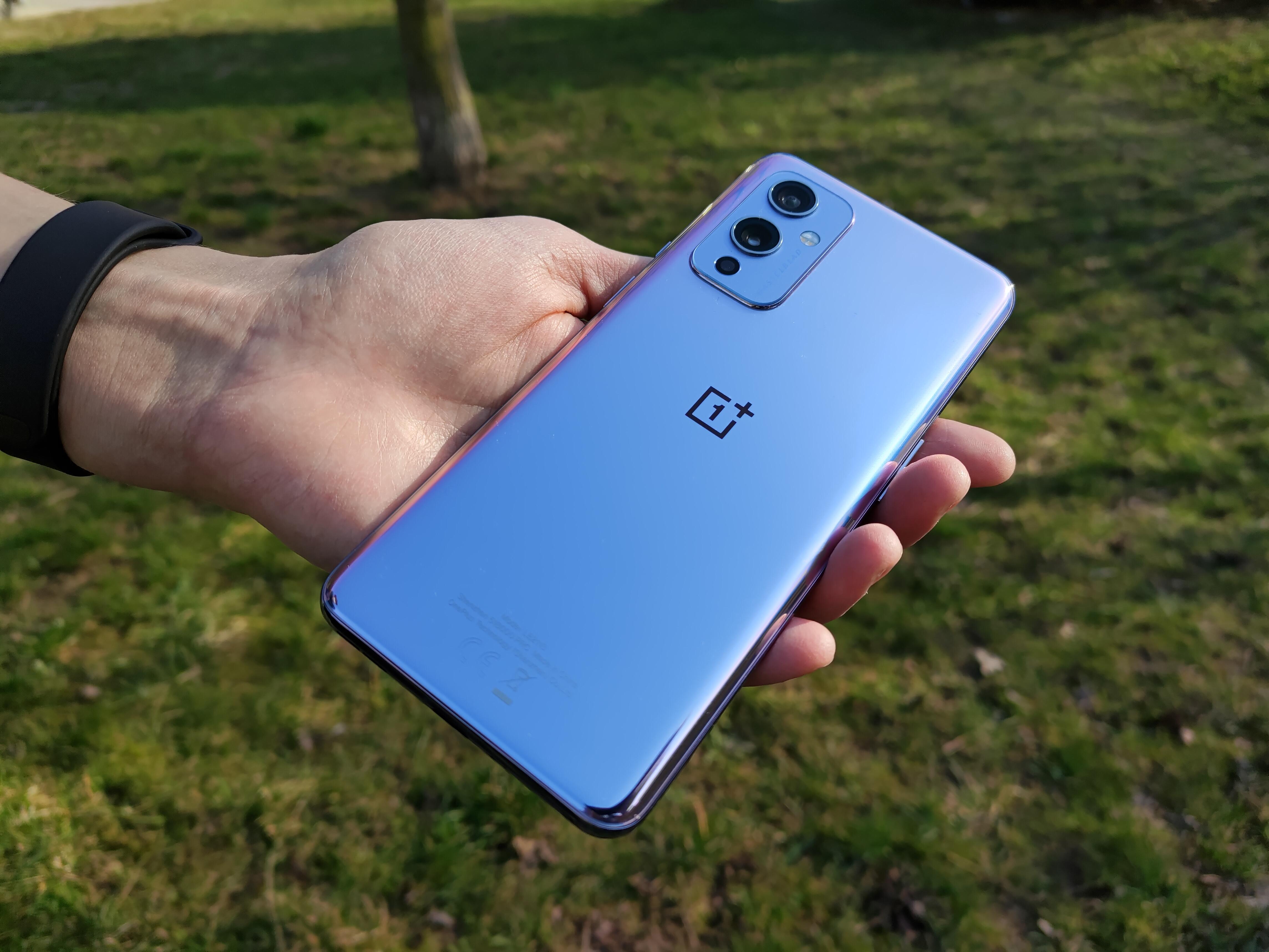 smartfon OnePlus 9 5G smartphone Tabletowo