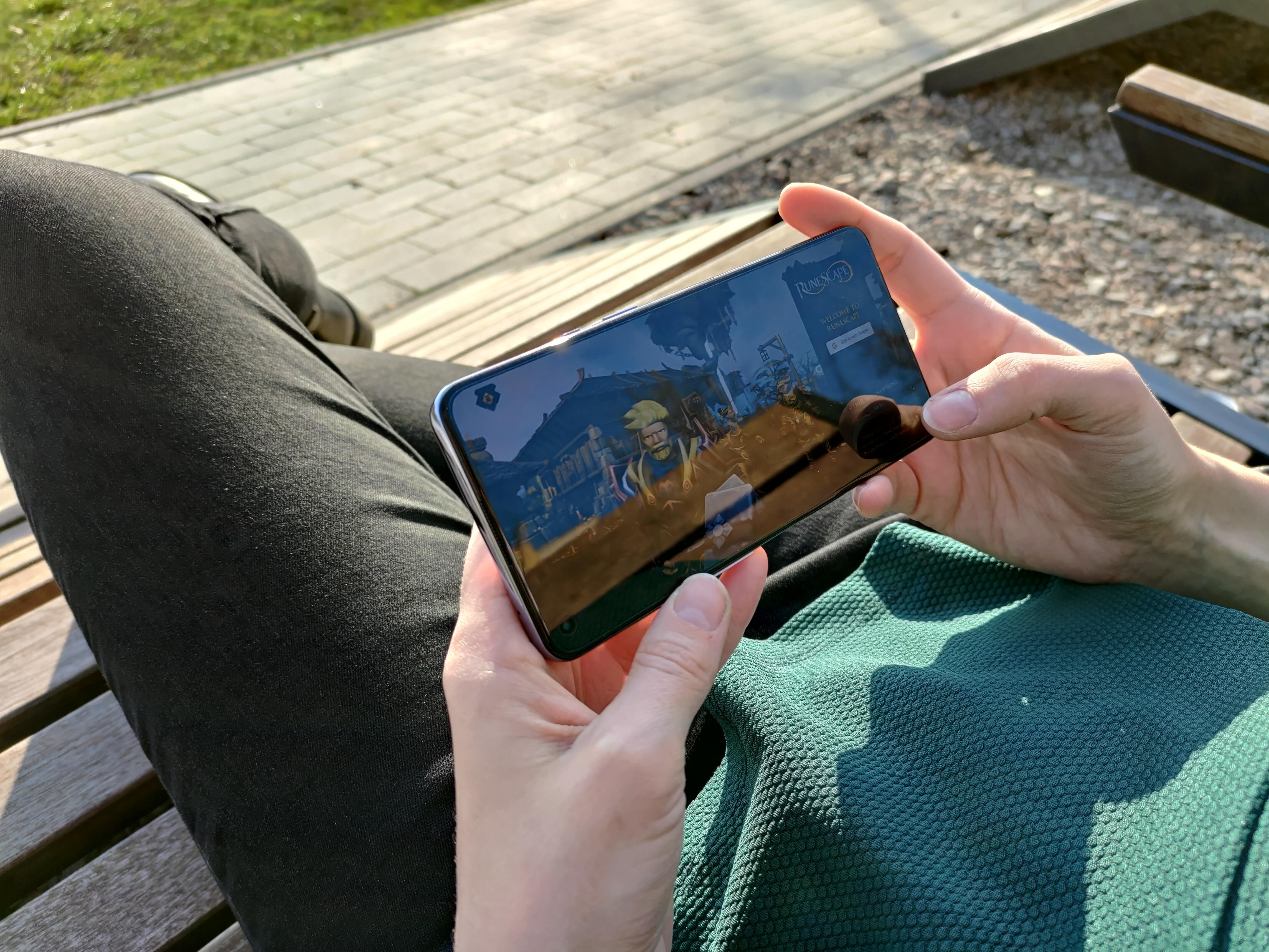 OnePlus 9 5G - RuneScape Mobile - fot. Tabletowo.pl