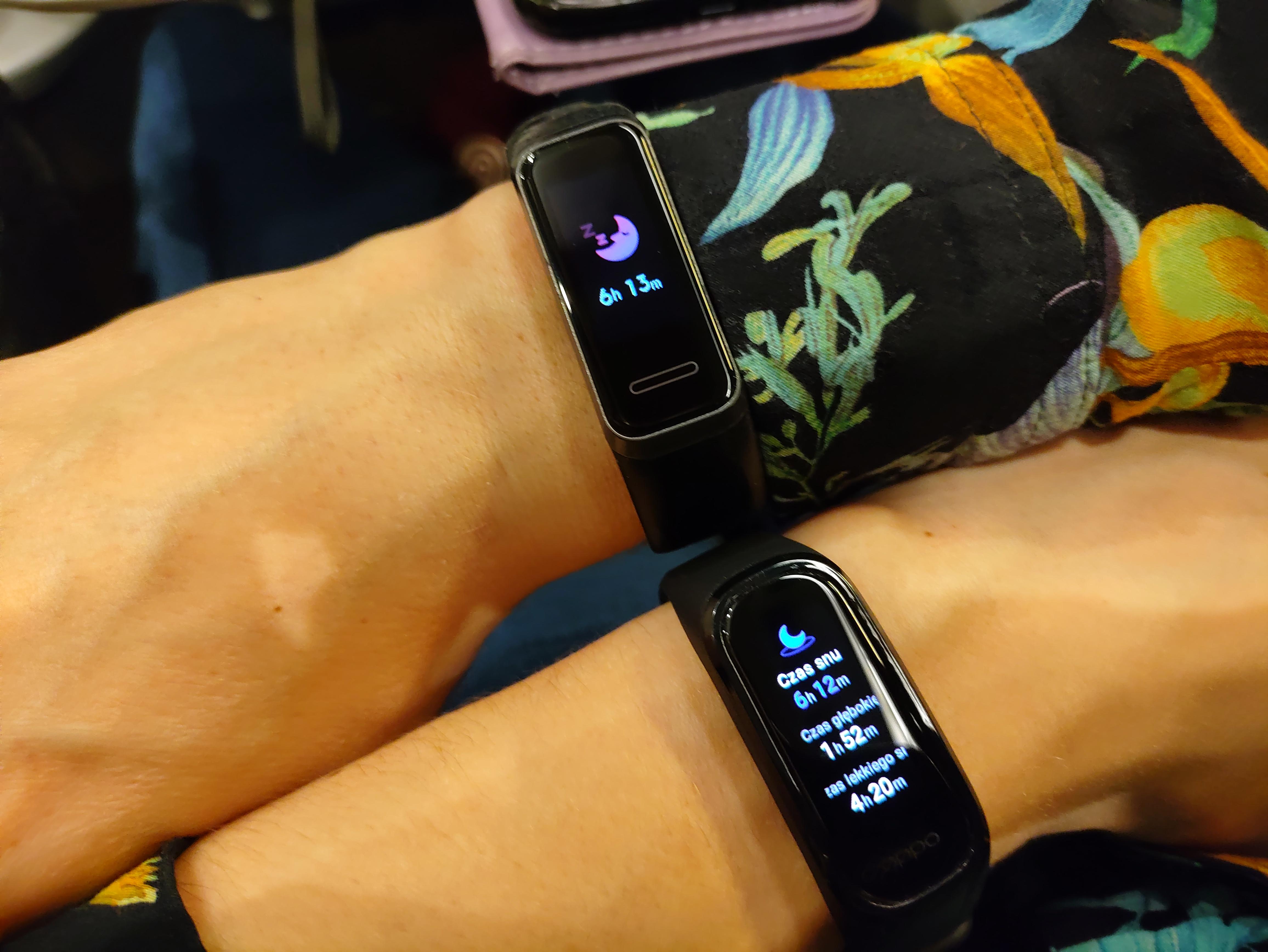 Recenzja Oppo Band - zestawienie monitorowania snu z Huawei Band 4 - fot. Tabletowo.pl
