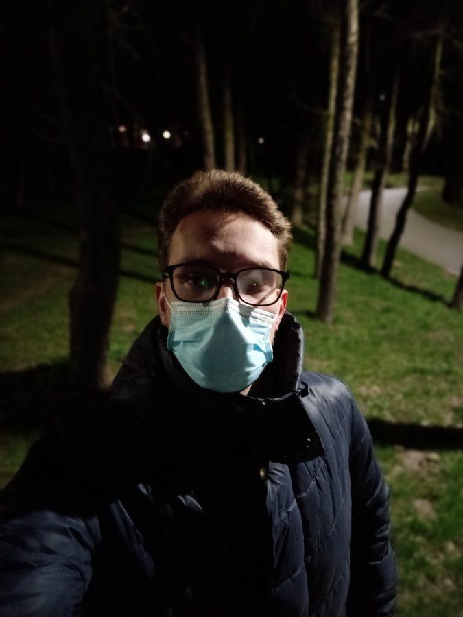 Recenzja Oppo Reno5 Lite - Selfie nocne - fot. tabletowo.pl