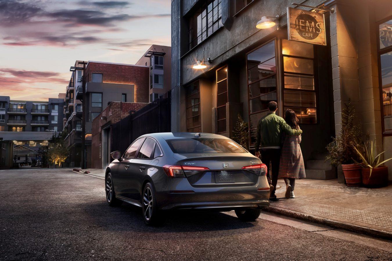 Honda Civic z bezprzewodowym Android Auto.