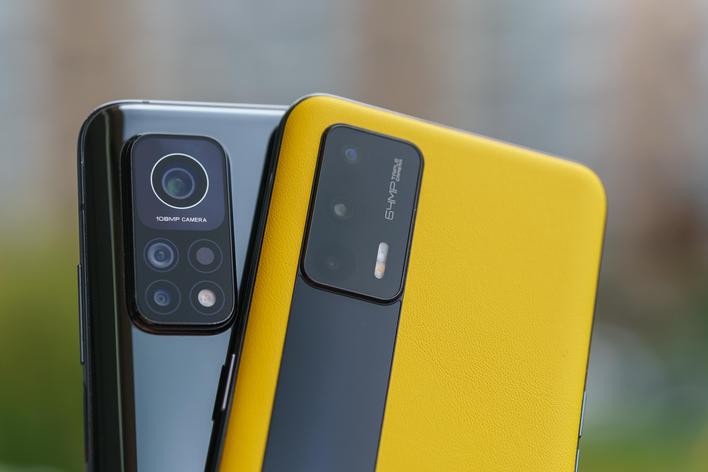 realme GT vs Xiaomi Mi 10T Pro 5G porównanie