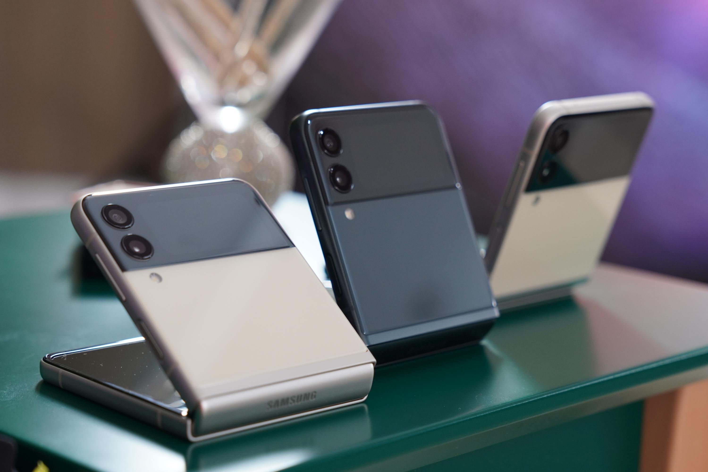 składany smartfon Samsung Galaxy Z Flip 3 foldable smartphone Tabletowo.pl