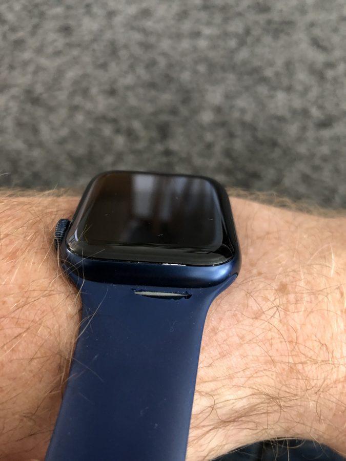 apple watch series 6 pasek solo loop uszkodzony broken
