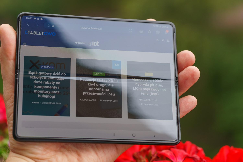 składany smartfon samsung