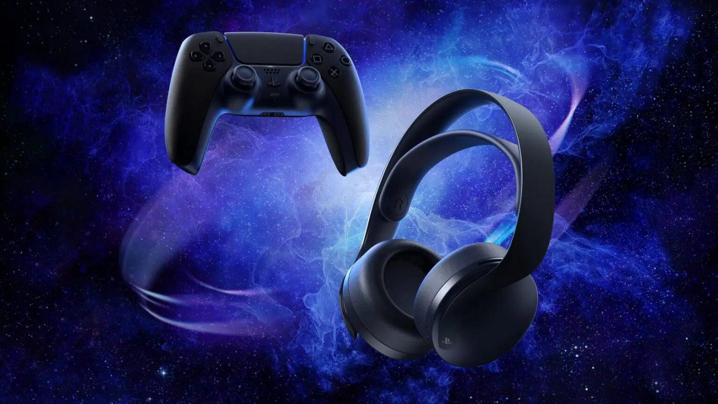 Czarny Dual Sense oraz Pulse 3D komponują się ze sobą fenomenalnie (źródło: PlayStation Blog)
