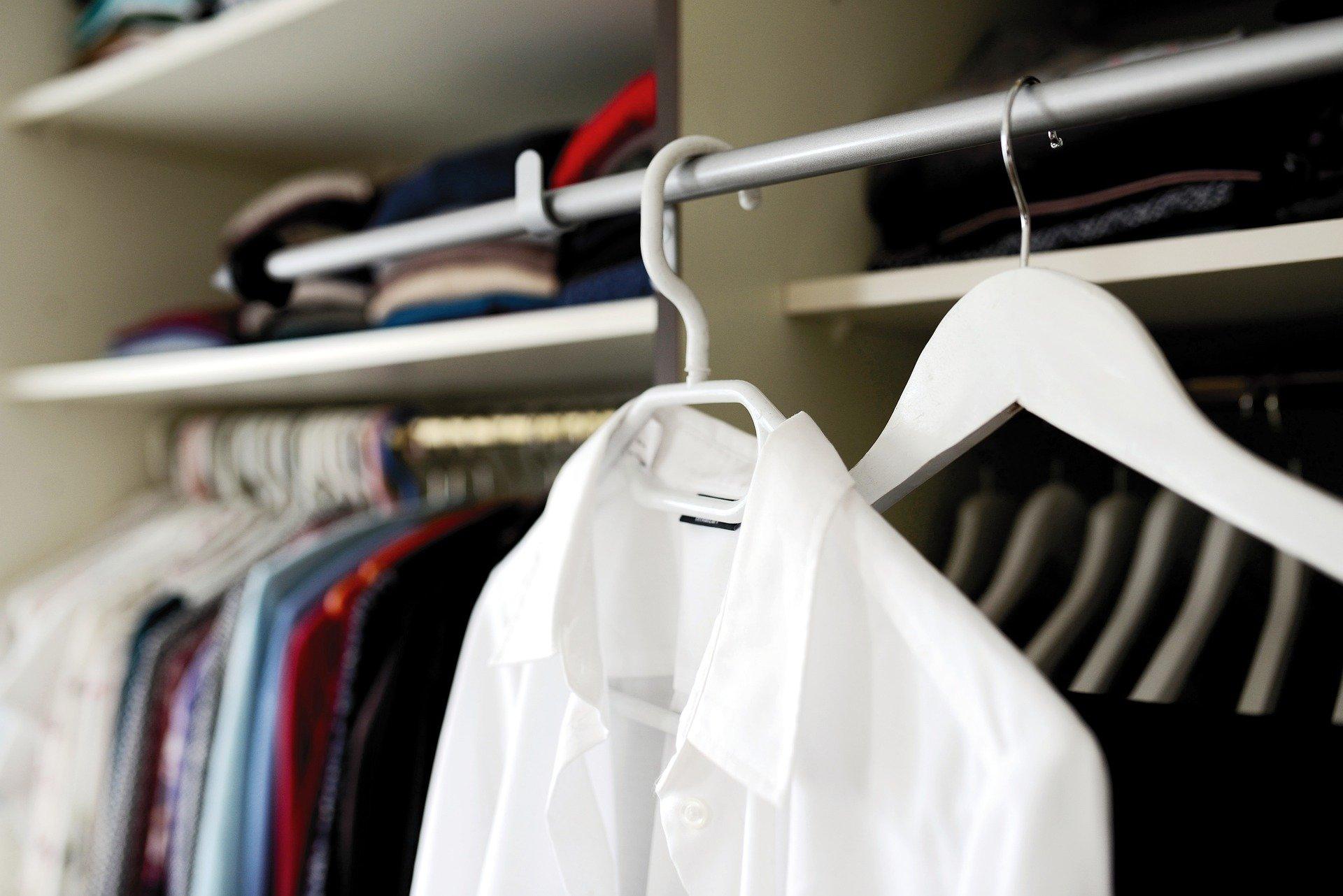 szafa garderoba wardrobe ubrania clothes